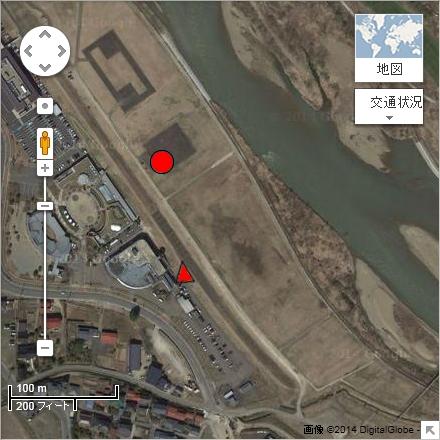 撮影ポイント(赤三角地点)とバルーン離陸地点(赤丸地点)航空写真(Google mapより)
