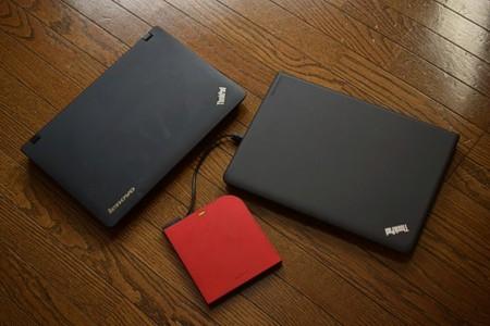 ThinkPadの ディスプレーを閉じたところ