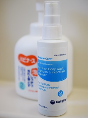 Coloplast Bedside-Care No-rinse body wash, shampoo and incontinence cleanser