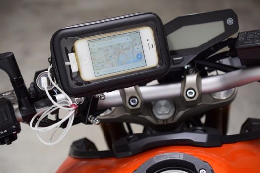 Eco Ride World 防水バーマウントホルダー横向きとiPhone4S