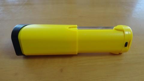 Coleman LED Micropacker Lantern 背面シャッターを閉じた状態