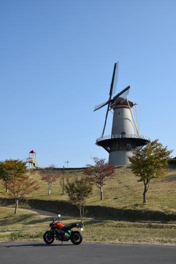 オランダ風車とMT-09