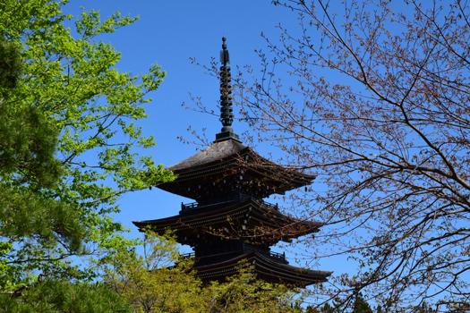 定義如来 西方寺 五重塔