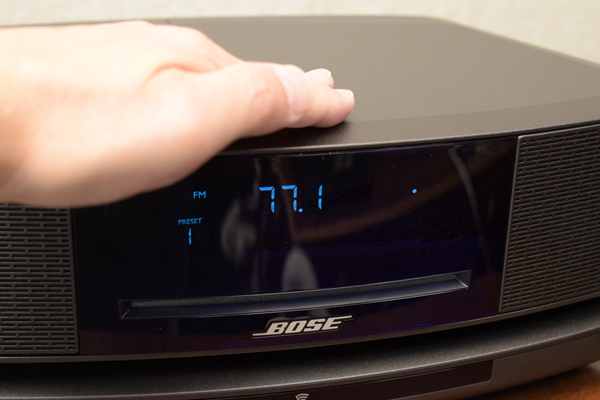 BOSE Wave SoundTouch music system front top touch sensor switch