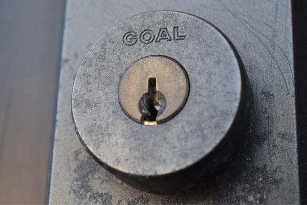 GOAL玄関扉鍵