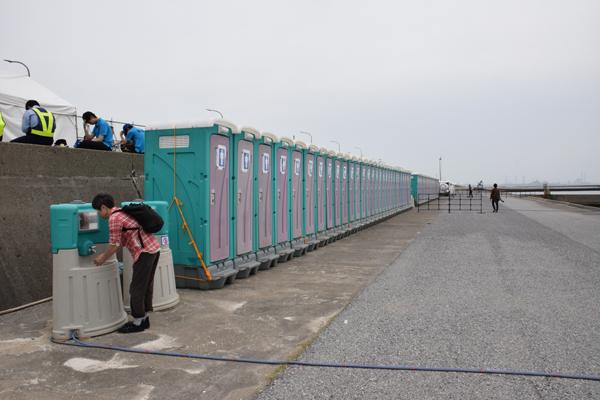 エアレース千葉仮設トイレ