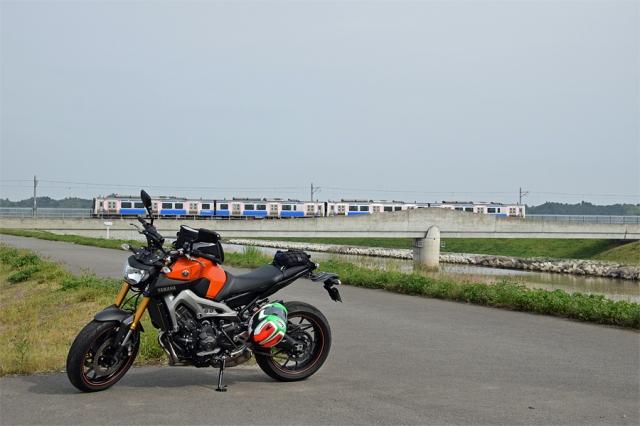 仙石東北ラインとMT-09と吉田川