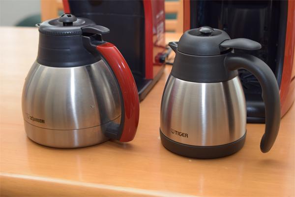 コーヒーメーカーのスレンテス保温ポット比較 象印とタイガー.jpg