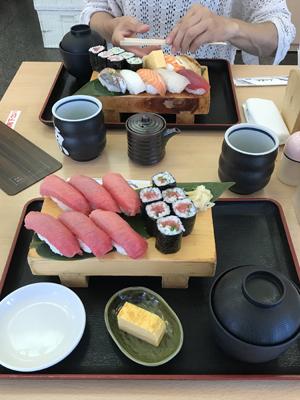 北辰鮨 まぐろづくしと中寿司