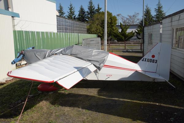 瀬峰飛行場小型飛行機