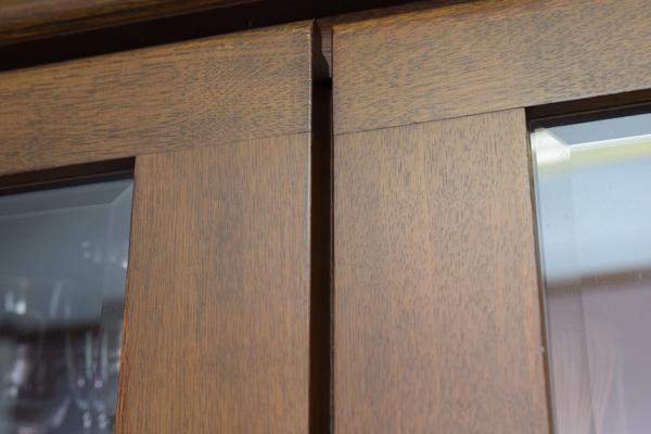 マグネットキャッチ修理前扉の閉まり具合
