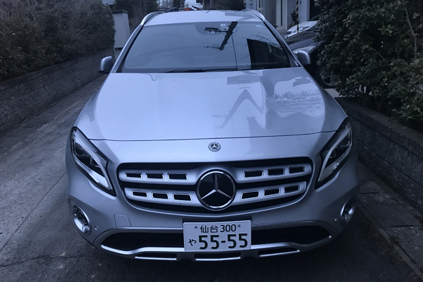 BENZ GLA220 4MATIC front form
